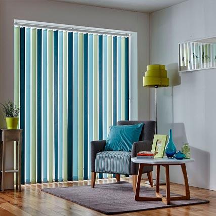Lamas verticales corti trans for Lo ultimo en cortinas y estores