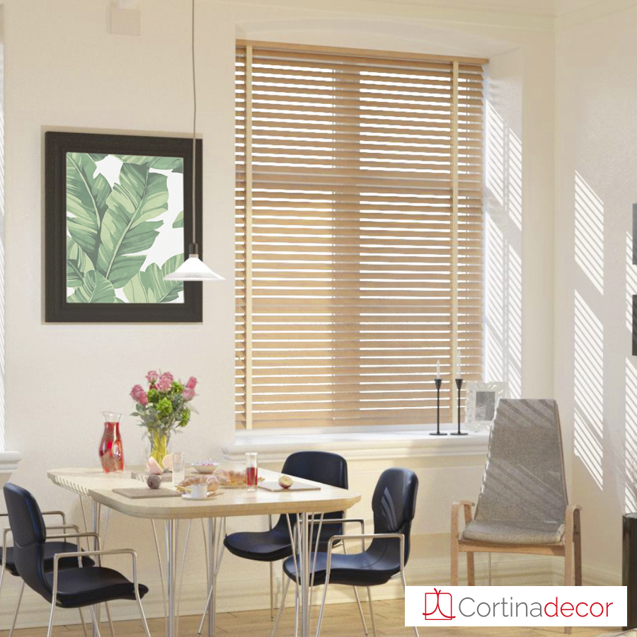 Venecianas de madera natural cortinadecor for Estores de madera